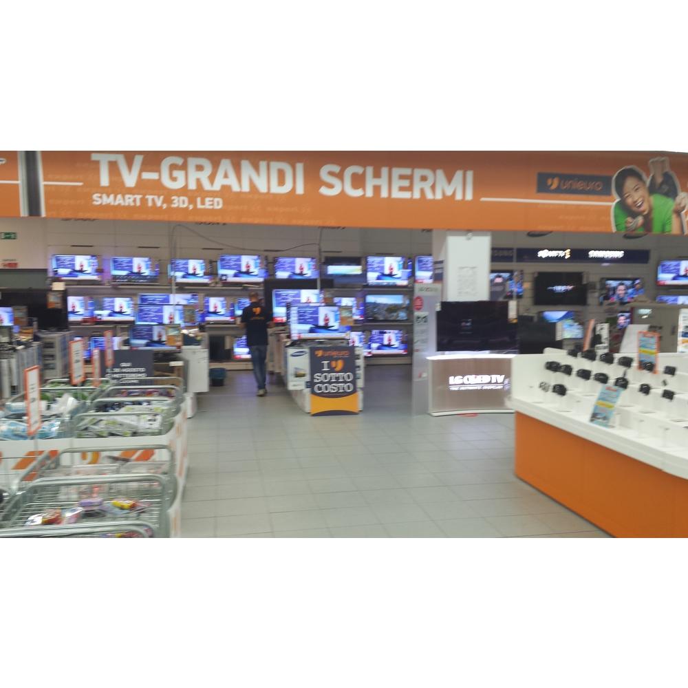 Unieuro Lecce - SS 16