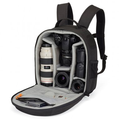 Lowepro Pro Borsa per fotocamera Pro Runner 200 AW, nera